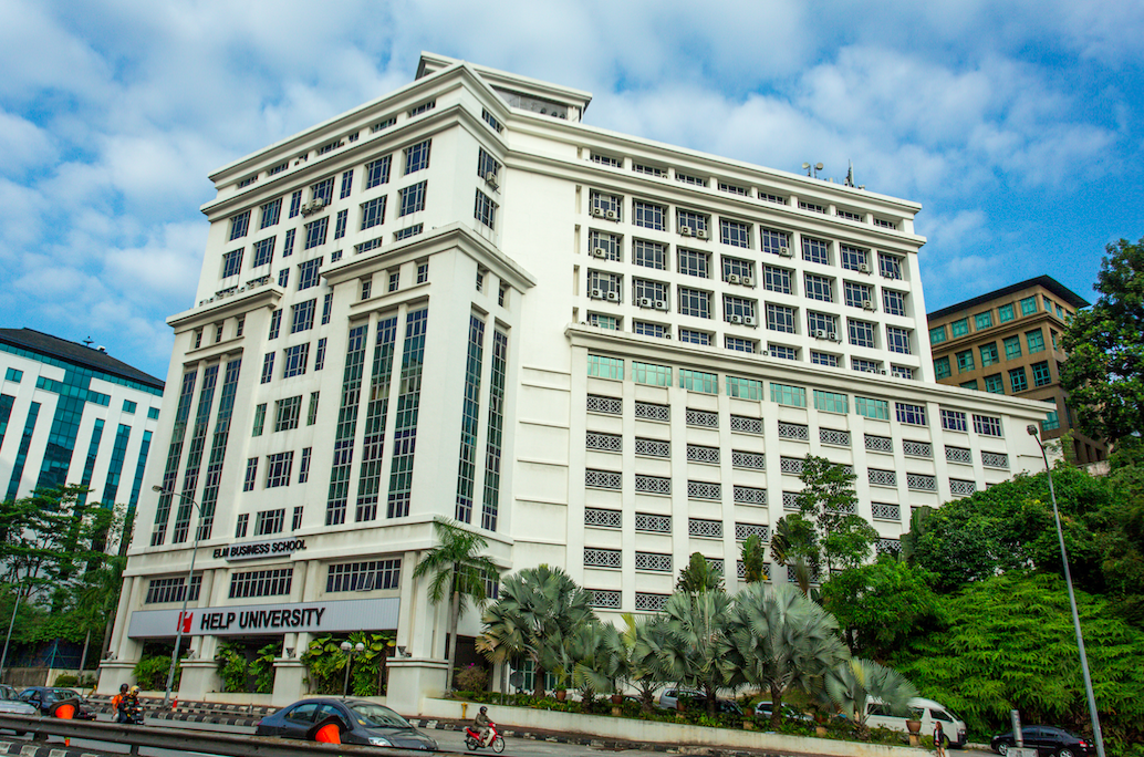 Wisma AmanahRaya at Jalan Semantan, a property under AmanahRaya REIT's portfolio.
