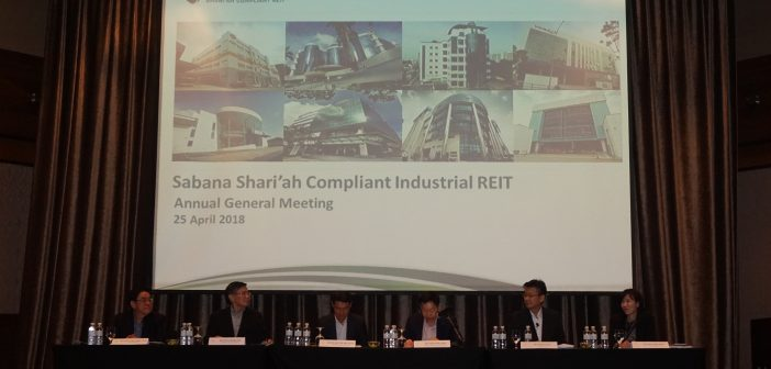 Sabana REIT's CEO (second from right) at the AGM on 25 April 2018. (Photo: Sabana REIT)