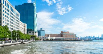 Manulife US REIT's 10 Exchange Place in Jersey City, New Jersey. (Photo: Manulife US REIT)