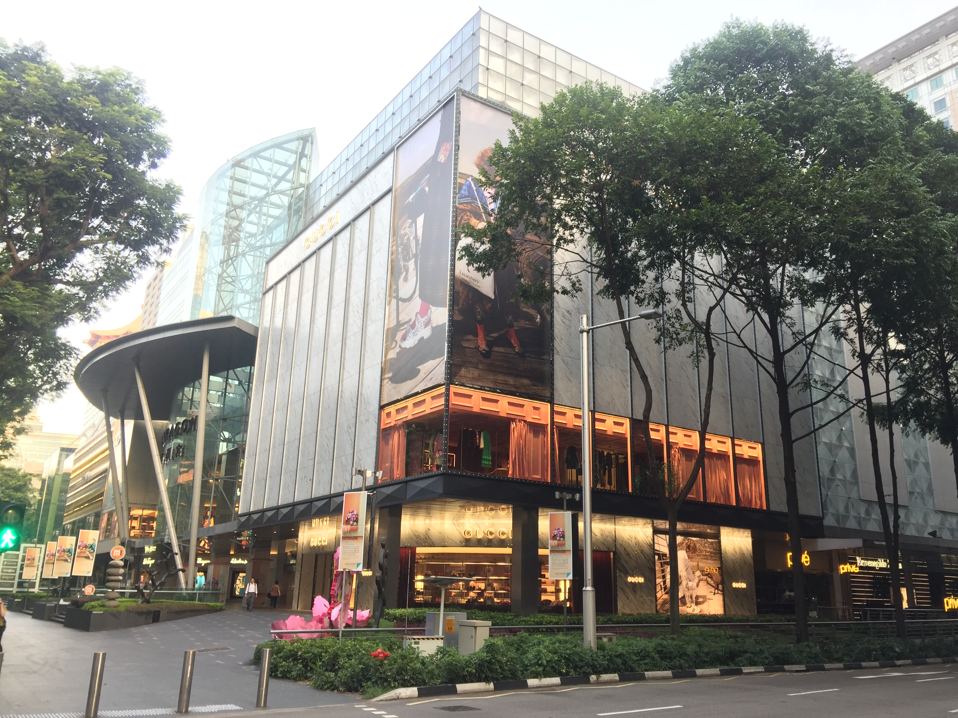 The additional zone that has ben incorporated into SPH REIT's property on Orchard Road, Paragon. (Photo: REITsWeek)